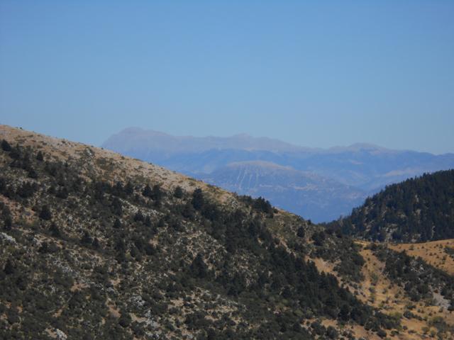 Θέα από το Κιβούρι προς τη Γκιώνα