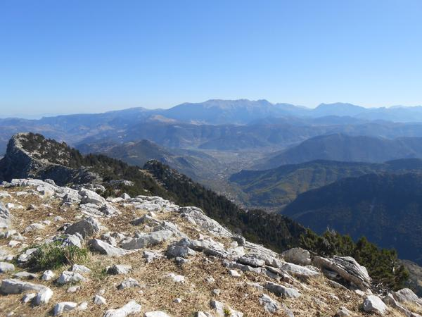 Θέα προς Χελμό και Ντουρντουβάνα